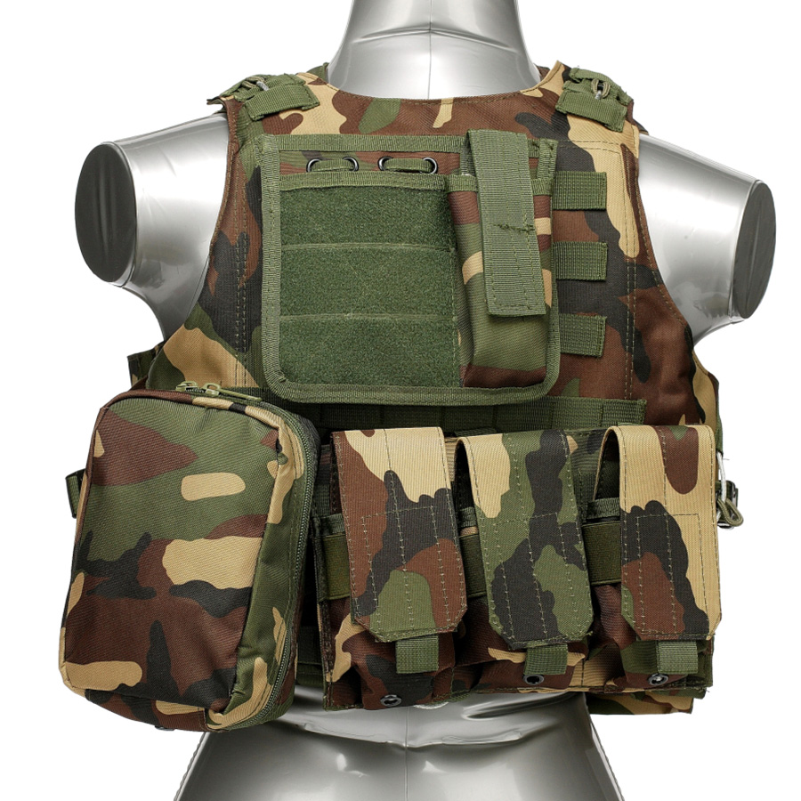 020 Tactical Vest Woodland Camo 1